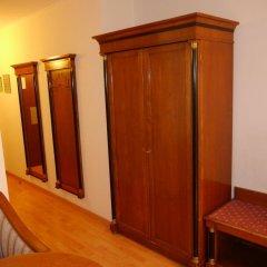 Отель Deutschmeister Австрия, Вена - отзывы, цены и фото номеров - забронировать отель Deutschmeister онлайн сейф в номере
