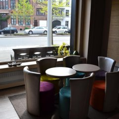 Отель Floris Hotel Bruges Бельгия, Брюгге - 7 отзывов об отеле, цены и фото номеров - забронировать отель Floris Hotel Bruges онлайн гостиничный бар