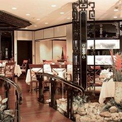 Le Meridien Dubai Hotel & Conference Centre развлечения
