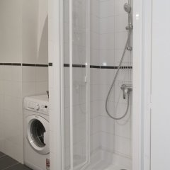 Отель Saint-Germain des Prés Apartment 2 Франция, Париж - отзывы, цены и фото номеров - забронировать отель Saint-Germain des Prés Apartment 2 онлайн ванная фото 2