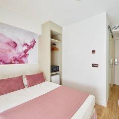 Отель Mediterranean Bay - Только для взрослых сейф в номере