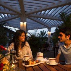 Mahaweli Reach Hotel гостиничный бар