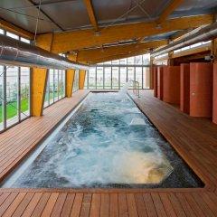 Отель NH Madrid Las Tablas бассейн фото 3