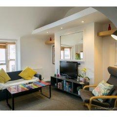 Отель Amazing One-bedroom Flat, Close to Brighton Beach комната для гостей фото 3
