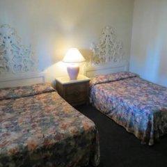 Отель Holiday Motel США, Лас-Вегас - отзывы, цены и фото номеров - забронировать отель Holiday Motel онлайн комната для гостей фото 3