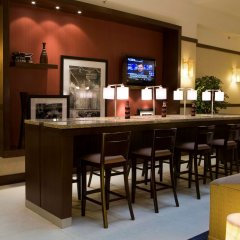 Отель Hampton Inn & Suites Mexico City - Centro Historico гостиничный бар