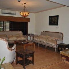 Отель Three Arms комната для гостей фото 2