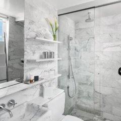 Отель Delano South Beach ванная фото 2