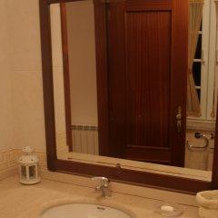 Отель Farmacy House ванная