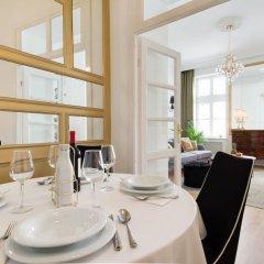 Отель Chestnut Suite - Luxury Home Downtown