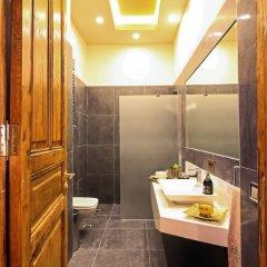 Отель Maroon Residence ванная
