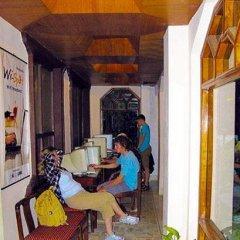 Отель Nirvana Garden Hotel Непал, Катманду - отзывы, цены и фото номеров - забронировать отель Nirvana Garden Hotel онлайн питание