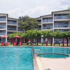 Отель Chomview Residence бассейн фото 2