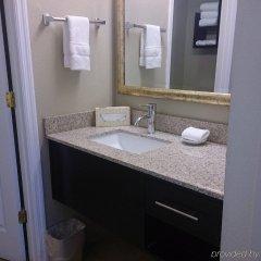 Отель Staybridge Suites Columbus-Airport ванная