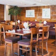 Отель Bond Place Hotel Канада, Торонто - 2 отзыва об отеле, цены и фото номеров - забронировать отель Bond Place Hotel онлайн питание фото 2