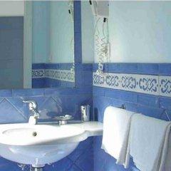 Отель Centrale Amalfi Италия, Амальфи - отзывы, цены и фото номеров - забронировать отель Centrale Amalfi онлайн ванная