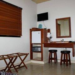 Smugglers Cove Beach Resort and Hotel удобства в номере