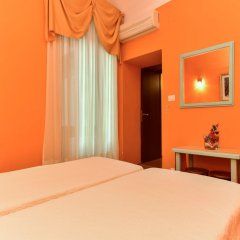 Отель Claudia Suites комната для гостей фото 2