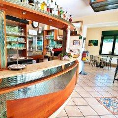 Отель Residence Bellavista Манерба-дель-Гарда гостиничный бар