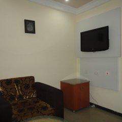 Отель SDM Tavern and Suites удобства в номере