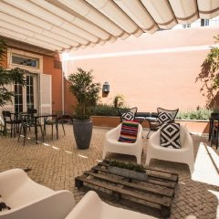 Отель Lapa 82 - Boutique Bed & Breakfast Лиссабон бассейн