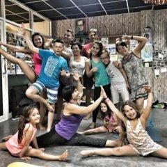 Tiger Lily Hostel Бангкок фитнесс-зал фото 2