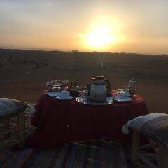 Отель Bivouac Le Ciel Bleu Марокко, Мерзуга - отзывы, цены и фото номеров - забронировать отель Bivouac Le Ciel Bleu онлайн балкон