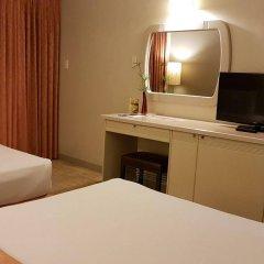 Отель Riviera Mansion Hotel Филиппины, Манила - отзывы, цены и фото номеров - забронировать отель Riviera Mansion Hotel онлайн удобства в номере фото 2