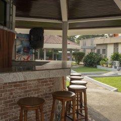 Отель Ssnit Guest House гостиничный бар