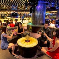 Grand Emperor Hotel гостиничный бар