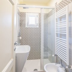 Отель Modern Macci House ванная