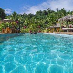 Отель Waidroka Bay Resort бассейн фото 3
