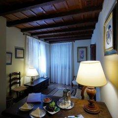 Отель Eremo Delle Grazie Сполето в номере фото 2