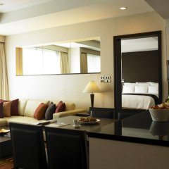 Отель Sukhumvit Park, Bangkok - Marriott Executive Apartments Таиланд, Бангкок - отзывы, цены и фото номеров - забронировать отель Sukhumvit Park, Bangkok - Marriott Executive Apartments онлайн комната для гостей фото 2