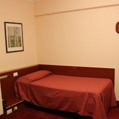 Отель New Alexander Генуя сейф в номере