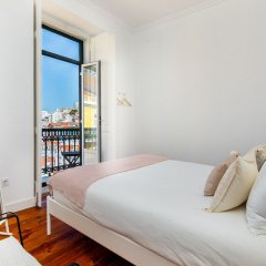 Апартаменты Mouraria Deluxe Apartment балкон