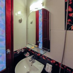 Отель Madam Moon Hotel Вьетнам, Ханой - отзывы, цены и фото номеров - забронировать отель Madam Moon Hotel онлайн ванная фото 2