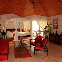 Отель Kuredu Island Resort интерьер отеля