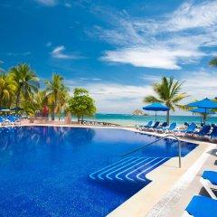 Отель Barcelo Ixtapa Beach - Все включено бассейн