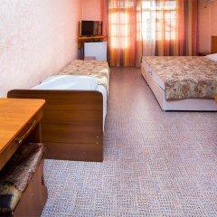 """Мини-отель """"Гостевой дом """"Бриз-Адлер"""" сейф в номере"""