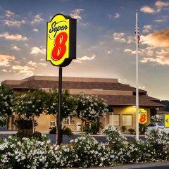 Отель Super 8 by Wyndham Lindsay Olive Tree городской автобус