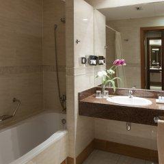 Отель Senator Gran Vía 70 Spa Hotel Испания, Мадрид - 14 отзывов об отеле, цены и фото номеров - забронировать отель Senator Gran Vía 70 Spa Hotel онлайн ванная