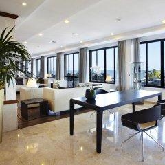 Отель Sensimar Aguait Resort & Spa - Только для взрослых интерьер отеля