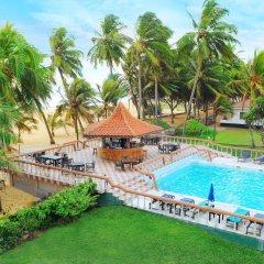 Отель Golden Star Beach Hotel Шри-Ланка, Негомбо - отзывы, цены и фото номеров - забронировать отель Golden Star Beach Hotel онлайн бассейн фото 3
