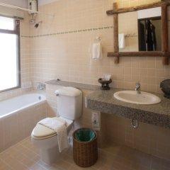 Отель Baan Hin Sai Resort & Spa ванная фото 2
