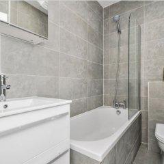 Апартаменты Modern 2 Bedroom Apartment On The Doorstep Of Queens Park ванная фото 2