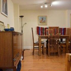 Апартаменты 1 Bedroom Apartment Near Holloway комната для гостей фото 5