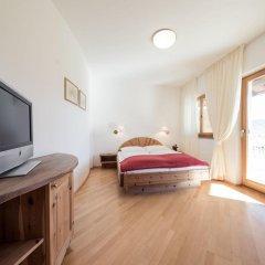 Отель Weingut Donà Аппиано-сулла-Страда-дель-Вино комната для гостей фото 2