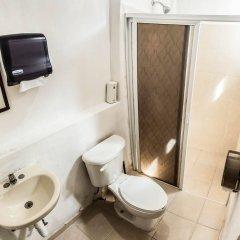 Отель Hostel Che Мексика, Плая-дель-Кармен - отзывы, цены и фото номеров - забронировать отель Hostel Che онлайн ванная фото 2