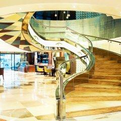 Отель The leela Hotel ОАЭ, Дубай - 1 отзыв об отеле, цены и фото номеров - забронировать отель The leela Hotel онлайн интерьер отеля фото 2